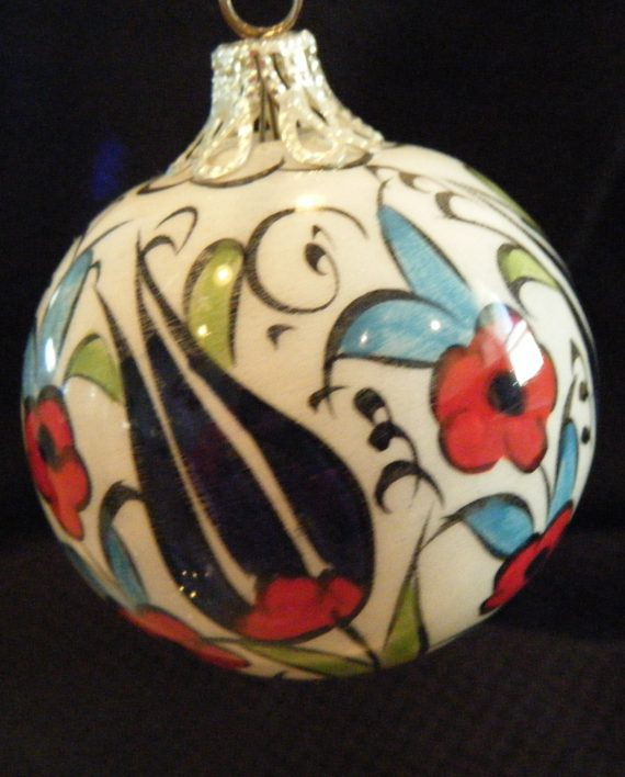 red-blue-ornament-4